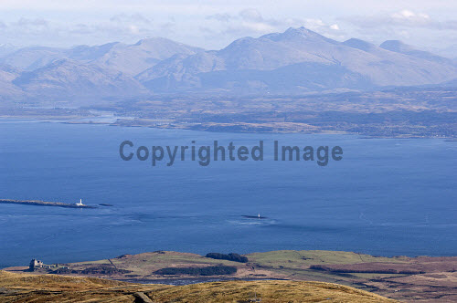 Loch Linnhe and Ben Cruachan from above Duart Castle on the Isle of Mull.  The lighthouse is on Eilean Musdile, the southern tip of Lismore.  Picture Credit: Alan Gordon /Scottish Viewpoint Tel: +44 (0) 131 622 7174   Fax: +44 (0) 131 622 7175 E-Mail : info@scottishviewpoint.com This photograph cannot be used without prior permission from Scottish Viewpoint. Scotland,Scottish,Highlands,Mull,Munros,mountains,peaks,hills,loch,sea,sun,castle,walking,mountaineering,climbing,trekking,backpacking,sailing,outdoor,activities,tourist,destinations,scenic,Mountains Islands Mull,Places Scotland Mull -