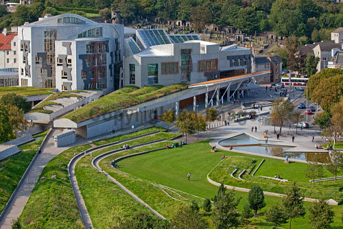 Holyrood, the Scottish Parliament building viewed from the Radical Road, Edinburgh.  Picture Credit : Ian Macrae Young / Scottish Viewpoint  Tel: +44 (0) 131 622 7174  E-Mail : info@scottishviewpoint.com  Web: www.scottishviewpoint.com This photograph cannot be used without prior permission from Scottish Viewpoint. architecture,attraction,building,people,politics,spring,sunny,city