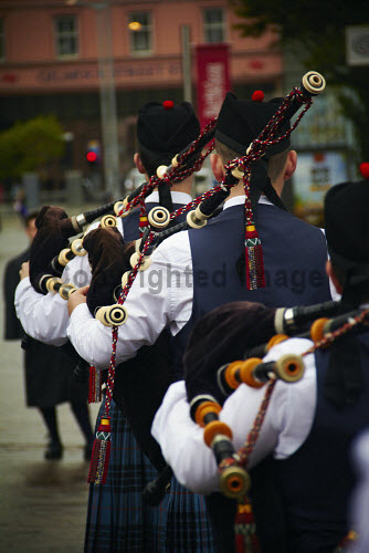 Pipers, Scotland uk,u.k,Great Britain,GB,G.B,Scotland,Scottish,nobody,daytime,outdoors,pipes,pipe,bagpipes,bagpipe,piper,pipers,bagpipers,bagpiper,tartan