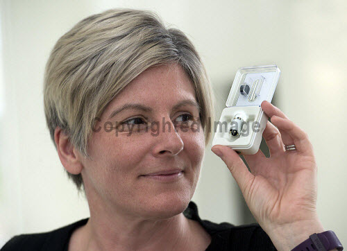 Nurse Lesley Patience,  with the new endoscope pill Aurora House Office Inverness  PIC   Trevor Martin/HIE 2017,corporate health international,health