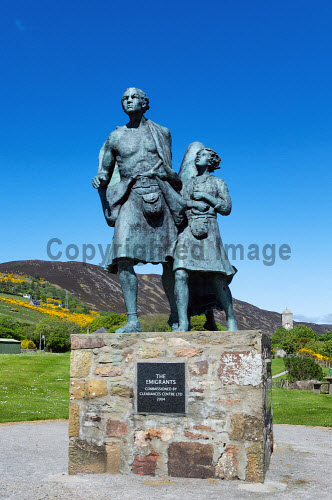 The Emigrants Statue, Couper Park, Helmsdale, Sutherland