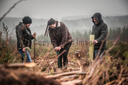 Volunteers from the Maryculter Woodland Trust at the opening of the site on Saturday 26/3/2016
