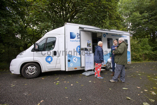 High Speed Fibre Broadband Roadshow in Taynuilt  Lesley Gallagher HIE i with local people  Picture Credit Tony Hardley/ HIE 2016,high,speed,fibre,broadband,bus,roadshow,digital