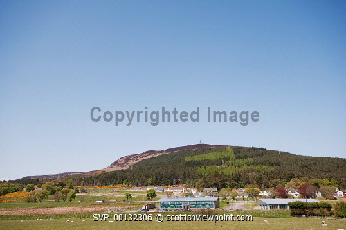 Golspie Business Park with Ben Bhraggie in the background , Sutherland, Highland..18th May 2010.Picture Credit: Angus Mackay / HIE summer,spring,sunny,scenic -