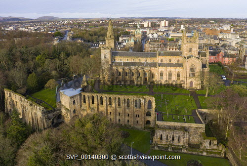 Aerial view of Dunfermlne Abbey and Palace,  Dunfermline, Fife, Scotland, UK Dunfermline abbey and palace,Dunfermline Abbey,Dunfermline Palace,Fife,Scotland,Scottish,drone image,aerial,from above,UK,United Kingdom,Britain,british,travel,tourism,historical monments,heritage quarter,church,old,exterior,daytime