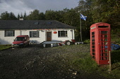 INVERIE KNOYDART THE POST OFFICE AND TELEPHONE BOX PIC: GARY DOAK/SCOTTISH VIEWPOINT Tel: +44 (0) 131 622 7174   Fax: +44 (0) 131 622 7175 E-Mail : info@scottishviewpoint.com This photograph cannot be... GARY DOAK/SCOTTISH VIEWPOINT KNOYDART INVERIE LOCH NEVIS POST OFFICE FOUNDATION ESTATE HIGHLA,remote