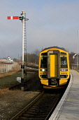 class 158 diesel multiple unit,no.158712,approaching forres station,scotland PIC: Mark Hicken/SCOTTISH VIEWPOINT Tel: +44 (0) 131 622 7174   Fax: +44 (0) 131 622 7175 E-Mail : info@scottishviewpoint.c... Mark Hicken/SCOTTISH VIEWPOINT 158712,class 158,diesel multiple unit,passenger train,platform,forres,scotland,first scotrail,semaphore,signal post,approaching,arriving,trains,transport