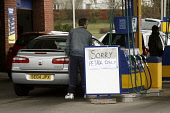 General images of on-going fuel crisis affecting Scotland.. Unions and owners of the Grangemouth oil refinery will meet with ACAS to avert a proposed strike of refinery workers, Staff  have agreed a w... Garry McHarg/SCOTTISH VIEWPOINT POLITICS,PETROL,PUMP,GARAGE,CARS