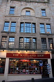 THE SCOTLAND SHOP ON THE ROYAL MILE, EDINBURGH.  PIC : NEIL SINCLAIR/SCOTTISH VIEWPOINT  Tel: +44 (0) 131 622 7174  Fax: +44 (0) 131 622 7175  E-Mail: info@scottishviewpoint.com  WEB: www.scottishview... NEIL SINCLAIR/SCOTTISH VIEWPOINT 2008,TRADITIONAL,TARTAN,SHOPPING,SHOP,RETAIL,OLD TOWN,KNITWEAR,KILT,HIGH STREET,GIFTS,GIFT,ARCHITECTURE