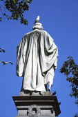 Guthrie monument, West Princes Street Gardens, Edinburgh.  Statue of Dr Thomas Guthrie, founder of the Ragged Schools. PIC: JOHN PRINGLE/SCOTTISH VIEWPOINT Tel: +44 (0) 131 622 7174   Fax: +44 (0) 131... JOHN PRINGLE/SCOTTISHVIEWPOINT SUMMER,SUNNY
