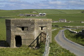 SANDWICK ORKNEY Concrete machine gun pill box by Orkney country lane PIC: DOUG HOUGHTON/SCOTTISH VIEWPOINT Tel: +44 (0) 131 622 7174   Fax: +44 (0) 131 622 7175 E-Mail : info@scottishviewpoint.com Thi... D HOUGHTON/SCOTTISHVIEWPOINT orkney,sandwick,pillbox,machinegun,wartime,defence,pill,box,gun,position,machine,battery,emplacement,ww,world,war,two,ww2,ii,2,2nd,second,military,defense,stronghold,strong,hold,fortification,wars,con