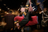 Piping in the haggis at a traditional Burns Night supper.  PIC: GARY DOAK/SCOTTISH VIEWPOINT Tel: +44 (0) 131 622 7174   Fax: +44 (0) 131 622 7175 E-Mail : info@scottishviewpoint.com This photograph c... PUBLIC, NMR Scotland,poet,Robert Burns,Scots,January 25,bagpipes,piper,tartan,kilt