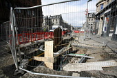 Roadworks in Edinburgh in preparation for the introduction of trams to the city. 27 Mar 2009. Pic: Tina Norris / Scottish Viewpoint Tel: +44 (0) 131 622 7174 Fax: +44 (0) 131 622 7175 E-Mail: info@sco... Public SPRING,TRAFFIC,DEVELOPMENT,TRANSPORT,PROJECT,TRAMWORKS,ROADWORKS,CLOSURE