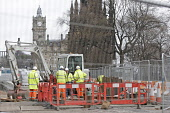 Roadworks on Princes Street in Edinburgh in preparation for the introduction of trams to the city. 27 Mar 2009. Pic: Tina Norris / Scottish Viewpoint Tel: +44 (0) 131 622 7174 Fax: +44 (0) 131 622 717... Public SPRING,TRAFFIC,DEVELOPMENT,TRANSPORT,PROJECT,TRAMWORKS,ROADWORKS,CLOSURE