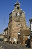 Crail Tolbooth clock tower Marketgate belfry  CRAIL FIFE  Pic: Doug Houghton / Scottish Viewpoint Tel: +44 (0) 131 622 7174 Fax: +44 (0) 131 622 7175 E-Mail: info@scottishviewpoint.com Web: www.scotti... Public fife,crail,tolbooth,east,neuk,historic,clock,tower,fifeshire,shire,kingdom,coast,scotland,scottish,historical,history,old,heritage,tolbooths,tollbooths,toll,booths,tollbooth,booth,building,architectur