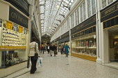 Shoppers in undercover shopping mall city centre  ARGYLL ARCADE GLASGOW  Pic: Doug Houghton / Scottish Viewpoint Tel: +44 (0) 131 622 7174 Fax: +44 (0) 131 622 7175 E-Mail: info@scottishviewpoint.com... Public glasgow,argyll,arcade,shopping,mall,city,centre,scotland,scottish,shoppers,undercover,complex,precinct,strip,shop,commerce,commercial,retail,customers,people,person,woman,lady,female,girl,building,bui