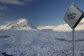Buchaille Etive Mor in winter, Highlands PIC: Scott Whitelaw / Scottish Viewpoint TEL: +44 (0) 131 622 7174 FAX: +44 (0) 131 622 7175 E-MAIL: info@scottishviewpoint.com WEB: www.scottishviewpoint.com... Public, NMR winter,snow,munro,mountain,mountains