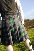 Traditional Highland dress - detail of the pleats in the kilt. Picture Credit: Chris Robson / Scottish Viewpoint Tel: +44 (0) 131 622 7174 Fax: +44 (0) 131 622 7175 E-Mail: info@scottishviewpoint.com... Public tartan,material,vest,garter,waistcoast,scotsman,clothing,clothes