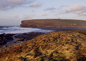 Marwick Bay MARWICK ORKNEY Windy rough sea shore and waves Kitchener Memorial  Picture Credit: Doug Houghton / Scottish Viewpoint Tel: +44 (0) 131 622 7174   Fax: +44 (0) 131 622 7175 E-Mail : info@sc... Public orkney,marwick,bay,kitchener,memorial,rough,sea,scotland,scottish,minister,1st,first,world,war,politician,monument,hms,hampshire,rocks,cliffs,seacliffs,coastal,nature,stormy,misty,seas,white,golden,br