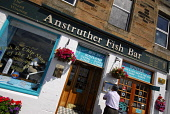 The Anstruther Fish Bar, Anstruther, East Neuk of Fife. Picture Credit: Chris Robson / Scottish Viewpoint Tel: +44 (0) 131 622 7174 Fax: +44 (0) 131 622 7175 E-Mail: info@scottishviewpoint.com Web: ww... Public 2010,summer,food,eating,famous,award,winning,renowned,cafe,restaurant,fish n chips