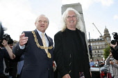 20.8.10 Glasgow Council, Scotland. Billy Connolly was today welcomed to Glasgow City Chambers today be Lord Provost Bob Winter to receive his the freedom of the city. Picture Credit:  Iain McLean / Sc... Public, NMR 2010,event,celebrity,comedian,council
