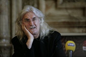 20.8.10 Glasgow Council, Scotland. Billy Connolly was today welcomed to Glasgow City Chambers today be Lord Provost Bob Winter to receive his the freedom of the city. Pictured here Billy Connolly as h... Public, NMR 2010,event,celebrity,comedian,council