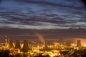 Grangemouth oil refinery at sunset. Scotland.  Picture Credit: Peter Cairns / Scottish Viewpoint Tel: +44 (0) 131 622 7174   Fax: +44 (0) 131 622 7175 E-Mail : info@scottishviewpoint.com Web: www.scot... Public, NMR 2008 Peter Cairns. www.northshots.com,Edinburgh,Firth of Forth,Grangemouth oil refinery,May,Scotland. North Sea oil,climate change,dusk,environment,fossil fuels,global warming,industry,machinery,manuf