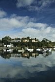 Portree, Isle of Skye, Inner Hebrides. Picture Credit: Keith Fergus / Scottish Viewpoint?Tel: +44 (0) 131 622 7174  ?Fax: +44 (0) 131 622 7175?E-Mail : info@scottishviewpoint.com?Web: www.scottishview... Public Portree,Town,Administrative Centre,Boats,Fishing,Economy,Calm,Reflection,Clouds,Mirror,Seafood,Houses,Summer,Scotland,Tourism,sunny,highlands,highland