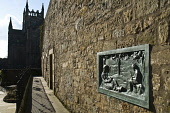 Dunfermline Wallace Monument William Wallace mothers plaque Dunfermline abbey DUNFERMLINE FIFE  Picture Credit: D. Houghton / Scottish Viewpoint Tel: +44 (0) 131 622 7174   Fax: +44 (0) 131 622 7175 E... Public william,wallace,mothers,monument,dunfermline,fife,plaque,abbey,commemoration,memorial,historic,heritage,attraction,historical,famous,people,scottish,tourist,attractions,tourism,scotland,person,figure,