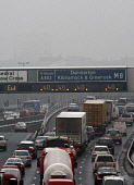 Traffic congestion on the M8 motorway on the approach to Glasgow. Picture Credit: Garry McHarg / Scottish Viewpoint Tel: +44 (0) 131 622 7174   Fax: +44 (0) 131 622 7175 E-Mail : info@scottishviewpoin... Public winter,fog,jam,car,cars,lorry,lorries,speed limit