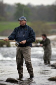 Salmon fishing on the River Tweed, near Kelso, in the Scottish Borders. Pic: Gary Doak / Scottish Viewpoint  Tel: +44 (0) 131 622 7174  Fax: +44 (0) 131 622 7175  E-Mail : info@scottishviewpoint.com... Public, NMR angling,angler,waders,wading,rod,reel,line,cast,fisherman,fishing,casting,activity