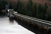 laggan dam,hydro-electric plant,lochaber,highlands,scotland Picture Credit: Mark Hicken / Scottish Viewpoint Tel: +44 (0) 131 622 7174   Fax: +44 (0) 131 622 7175 E-Mail : info@scottishviewpoint.com T... Public laggan,dam,hydro-elecricity,concrete,high,contained,power,elevation,generation,1934,lochaber,british aluminium company,renewable,green,water,scotland,highlands