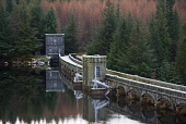 laggan dam,lochaber,hydro-electric plant,highlands,scotland Picture Credit: Mark Hicken / Scottish Viewpoint Tel: +44 (0) 131 622 7174   Fax: +44 (0) 131 622 7175 E-Mail : info@scottishviewpoint.com T... Public laggan,dam,concrete,contained,high,power,generation,hydro-elecricity,renewable,green,lochaber,elevation,1934,british aluminium company,highlands,scotland