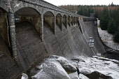laggan dam,lochaber,hydro-electric scheme,highlands,scotland Picture Credit: Mark Hicken / Scottish Viewpoint Tel: +44 (0) 131 622 7174   Fax: +44 (0) 131 622 7175 E-Mail : info@scottishviewpoint.com... Public laggan,dam,hydro-elecricity,generation,power,water,lochaber,highlands,scotland,contained,concrete,high,british aluminium company,renewable,green,1934
