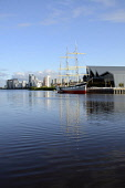 The Riverside Museum - Scotland's Museum of Transport and Travel on the River Clyde, west of the city centre of Glasgow. Picture Credit: Chris Robson / Scottish Viewpoint Tel: +44 (0) 131 622 7174   F... Public 2011,sunny,summer,visitor,attraction,building,architecture,destination,modern,tallship,tall ship,glenlee,zaha hadid,architect,industrial,heritage