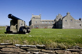 Skaill House, Mainland, Orkney.  Picture Credit: Andy Bennetts / Scottish Viewpoint Tel: +44 (0) 131 622 7174   Fax: +44 (0) 131 622 7175 E-Mail : info@scottishviewpoint.com This photograph cannot be... Public summer,sunny,architecture,mansion,cannon,building,attraction,island,isle,isles,islands