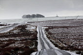 Eaglesham Moor with the Covenanters Monument visible on the horizon, East Renfrewshire. Picture Credit : Iain McLean / Scottish Viewpoint Tel: +44 (0) 131 622 7174   Fax: +44 (0) 131 622 7175 E-Mail :... Public 2011,winter,snow,bleak,atmospheric,weather,brooding,cold