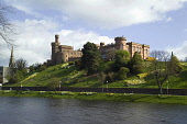 Inverness Castle by the River Ness, Inverness, Highlands of Scotland. Picture Credit : Allan Wright / Scottish Viewpoint Tel: +44 (0) 131 622 7174   E-Mail : info@scottishviewpoint.com This photograph... Public attraction,building,daffodils,flowers,highland,spring,sunny,water