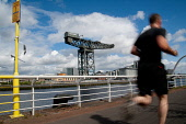 Glasgow Rat Race Riverside Adventure, 2011. Picture Credit : Kenny Ferguson / Scottish Viewpoint Tel: +44 (0) 131 622 7174   E-Mail : info@scottishviewpoint.com This photograph cannot be used without... Public, NMR summer,sunny,city,clyde,compete,competition,competitor,competitors,enjoy,enjoyment,event,ratrace,extreme,fun,glasgow,people,clydeport,finnieston,crane