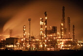 Grangemouth petrochemical refinery at night. Picture Credit : David Queenan / Scottish Viewpoint  Tel: +44 (0) 131 622 7174  E-Mail : info@scottishviewpoint.com  Web: www.scottishviewpoint.com This ph... Public 2011,industry,industrial,plant,atmospheric,lights,pollution,smoke,steam