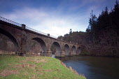 Neidpath Bridge and the River Tweed near Peebles, Scottish Borders. Picture Credit : Keith Fergus / Scottish Viewpoint  Tel: +44 (0) 131 622 7174  E-Mail : info@scottishviewpoint.com  Web: www.scottis... Public 2012,winter,water,engineering,queens,disused,railway,footpath,walking,walk