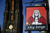 The Jolly Judge on the Lawnmarket, with the Hub visible behind, Edinburgh. Picture Credit : Neil Sinclair / Scottish Viewpoint  Tel: +44 (0) 131 622 7174  E-Mail : info@scottishviewpoint.com  Web: www... Public 2011,sunny,city,sign,signage,old,town,drink,drinking,pub,bar,royal,mile,clock,spire,tolbooth,st,johns