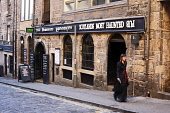 The Banshee Labyrinth - Scotland's most haunted pub, on Niddrie Street in the city centre of Edinburgh.  Picture Credit : Craig Brown / Scottish Viewpoint  Tel: +44 (0) 131 622 7174  E-Mail : info@sco... Public summer,drink,drinking,venue,bar,public,house,cobbles,old,town