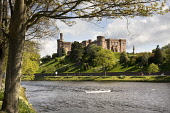 River Ness and Inverness Castle, Highlands of Scotland.  Picture Credit : Laurence Leech / Scottish Viewpoint  Tel: +44 (0) 131 622 7174  E-Mail : info@scottishviewpoint.com  Web: www.scottishviewpoin... Public 2010,spring,sunny,building,architecture,daffodils,water,highland,city