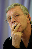 EDINBURGH, SCOTLAND, UNITED KINGDOM: Acclaimed Israeli author Amos Oz, pictured at the Edinburgh International Book Festival, signing books for the audience after he gave a talk on his work and spoke... Colin McPherson