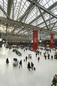 The concourse of Central Station, in the city centre of Glasgow. Picture Credit : Paul Tomkins / VisitScotland / Scottish Viewpoint   Tel: +44 (0) 131 622 7174  E-Mail : info@scottishviewpoint.com  Th... Public 2013,interior,train,rail,railway,travel,transport,terminus,architecture,building,people,passengers,travellers,shops
