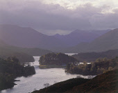 GLEN AFFRIC IN AUTUMNAL LIGHT, HIGHLAND. Pic: P.TOMKINS/VisitScotland/Scottish Viewpoint This picture may not be used without written permission. Tel: +44 (0) 131 622 7174 Fax: +44 (0) 131 622 7175 E-... ATMOSPHERIC,MOUNTAINS,WOOD,HILL,MOUNTAIN,AUTUMN,WATER