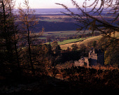 LOOKING THROUGH TREES TO CASTLE CAMPBELL- DATING FROM THE 15C AND FORMERLY KNOWN AS CASTLE GLOOM, ABOVE DOLLAR GLEN, NORTH OF THE VILLAGE OF DOLLAR ITSELF, CLACKMANNANSHIRE. PIC: P.TOMKINS/VisitScotla... AUTUMN,ARCHITECTURE,HISTORIC SCOTLAND,HERITAGE,TREE,SUNNY,AUTUMNAL COLOURS