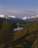 WALKERS IN GLEN AFFRIC WITH A VIEW T0 LOCH AFFRIC BEYOND, HIGHLAND. PIC: P.TOMKINS/VisitScotland/SCOTTISH VIEWPOINT Tel: +44 (0) 131 622 7174   Fax: +44 (0) 131 622 7175 E-Mail : info@scottishviewpoin...
