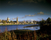 THE VIEW TOWARDS THE GRIEG STREET SUSPENSION FOOTBRIDGE OVER THE RIVER NESS, THE CITY OF INVERNESS, HIGHLAND. PIC: P.TOMKINS/VisitScotland/SCOTTISH VIEWPOINT Tel: +44 (0) 131 622 7174   Fax: +44 (0) 1... AUTUMN,WATER,SUNNY,SPIRES,SPIRE,CLOUDS,CASTLE,BRIDGE